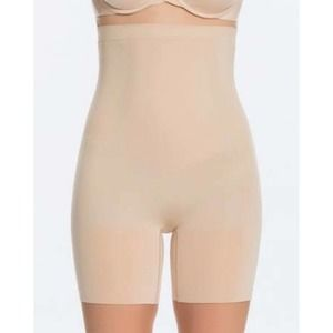 Spanx shorts nude OnCore High Waisted mid thigh